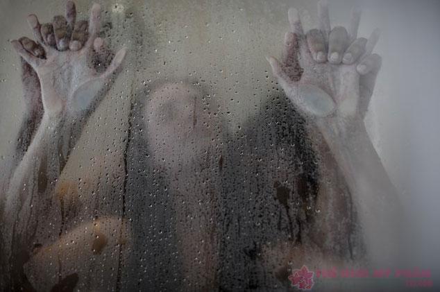 các tư thế quan hệ trong phòng tắm